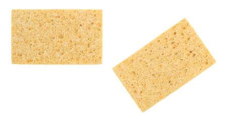 celulosa: Dos nuevas esponjas de celulosa aisladas sobre un fondo blanco.