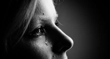 Beauty girl cry.  Black  and white. Imagens - 22797467