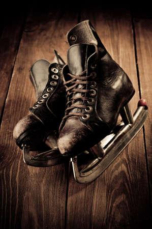 Oude schaatsen. Retoucheren in vintage stijl. Stockfoto