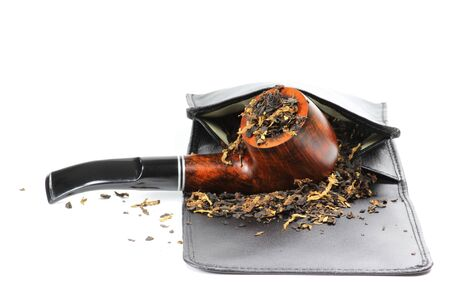 briar: briar pipe with pouch on white background