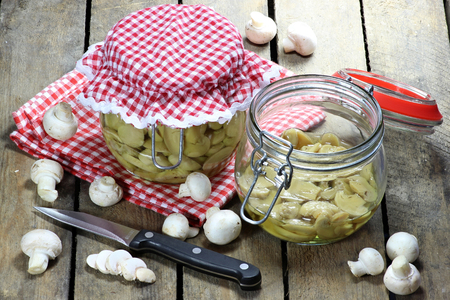 mellowness: Home canned mushrooms