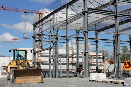 bouwterrein met bouwkundige staalwerk