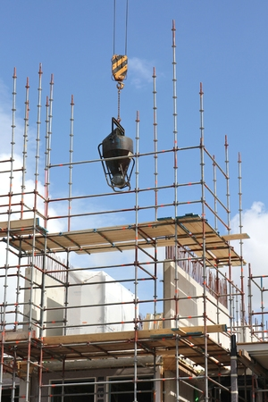 couplers: scaffolding at building currently under construction Stock Photo