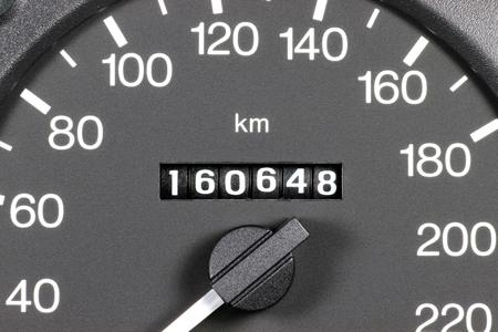 Kilometerteller van tweedehands auto blijkt kilometerstand van 160.648 Stockfoto - 52074414