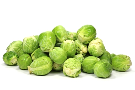 brussels sprouts isolated on white background Foto de archivo