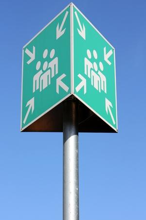evacuate: emergency sign: evacuation point Stock Photo