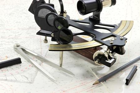 Navigations-Tools auf Hydrographie Karte Standard-Bild - 54691723