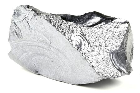 silicon: silicio muy puro de Freiberg  Alemania, aislada en el fondo blanco