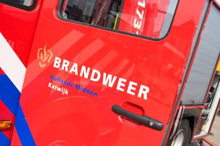voiture de pompiers: fire engine Néerlandais