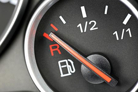analogous: fuel gauge in car dashboard - empty