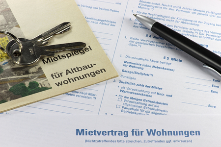 stipulation: German lease contract with rent index on desktop