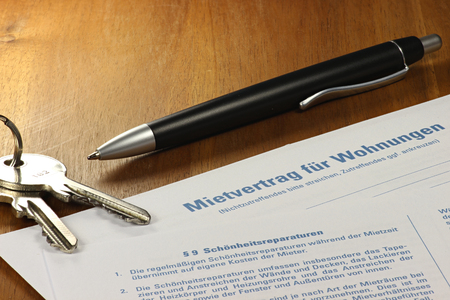 stipulation: German lease contract on desktop Stock Photo