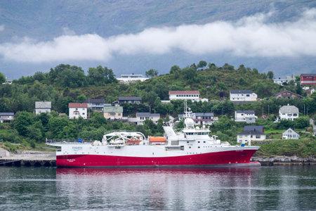 POLAR DUKE of GC Rieber Shipping. POLAR DUKE Polar Duke is a high capacity 12 streamer seismic vessel.