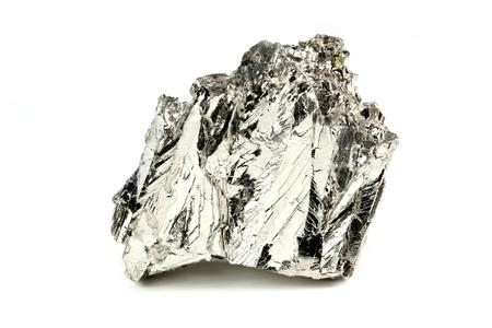 99.997% fijne bismut geïsoleerd op een witte achtergrond Stockfoto