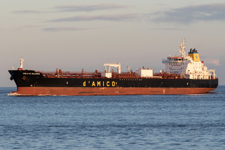 handysize product tanker CIELO DI SALERNO on the river Elbe.  d'Amico International Shipping is listed since 2007 on the Milan Stock Exchange. Editorial