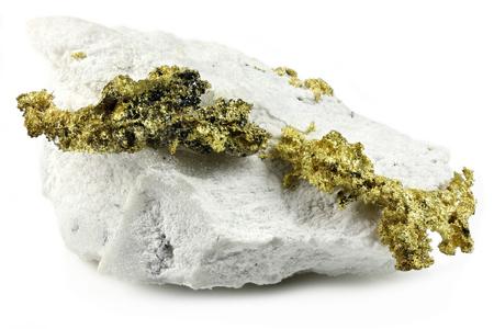 Kristallines Gold auf Quarz aus Jamestown, Kalifornien, isoliert auf weißem Hintergrund Standard-Bild - 94769920