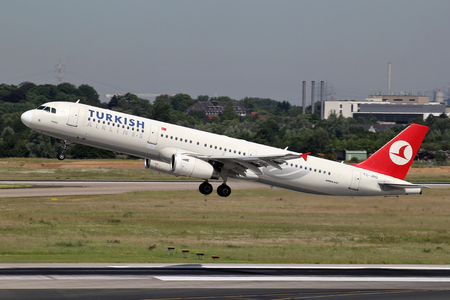 Turkish Airlines Airbus A321-200 with registration TC-JRG just airborne at Dusseldorf Airport. Editorial