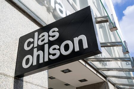 Clas Ohlson branch. Clas Ohlson is a Swedish hardware store chain and mail-order firm that specializes in hardware, home, leisure, electrical and multimedia products. 報道画像