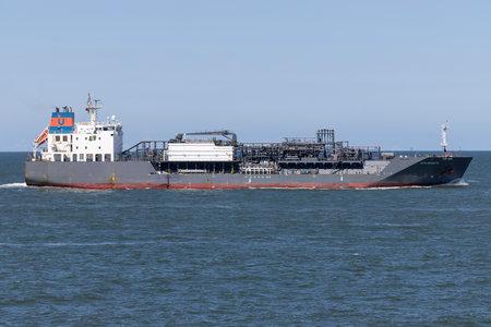 LPG carrier ZITA SCHULTE inbound Rotterdam