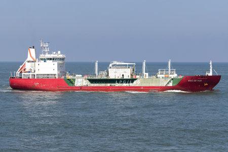 LEG  LPG carrier KING ARTHUR  inbound Rotterdam