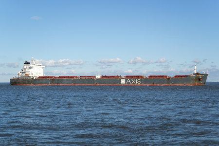 AXIS bulk carrier CAPTAIN J. NEOFOTISTOS on the river Elbe