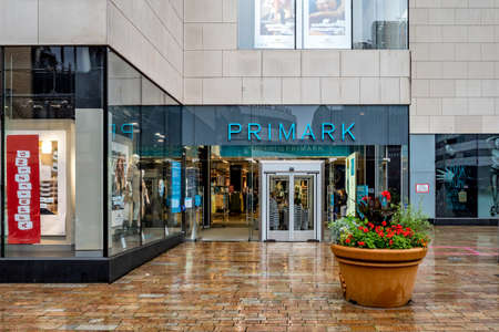 Primark store in Almere, The Netherlands. Primark is an Irish clothing retailer and a subsidiary of Associated British Foods. Archivio Fotografico - 155243124