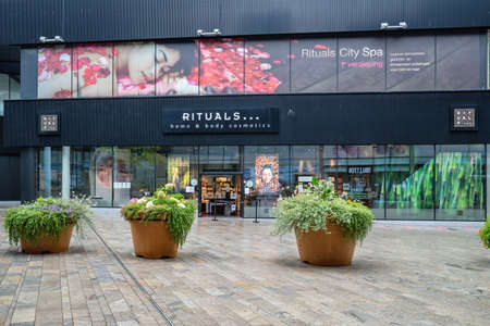 Rituals store in Almere, The Netherlands. Rituals sells an extensive collection of luxurious yet affordable products for home and body. Editoriali