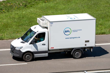 BPL temperature controlled Mercedes-Benz Sprinter van on motorway. Redakční