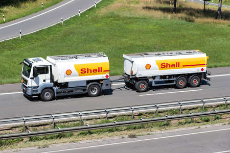 Shell MAN TGS combination truck on motorway. Archivio Fotografico - 156209902