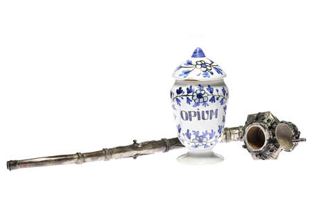 vintage apothecary jar and opium pipe isolated on white background Banque d'images