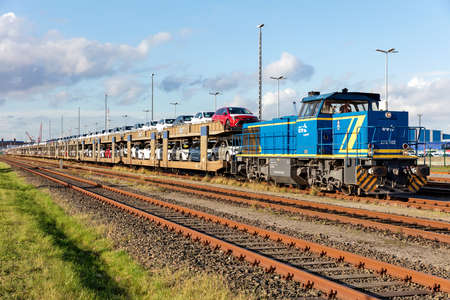 Freight train with evb Logistik diesel hydraulic MaK / Vossloh G1206 locomotive. Editoriali