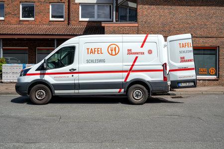 Tafel Schleswig/ Johanniter Ford Transit van