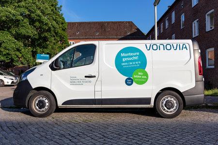 Vonovia Technical Service Opel Vivaro van
