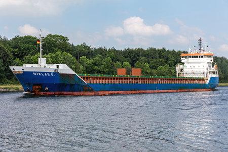 general cargo vessel NIKLAS G. in the Kiel Canal