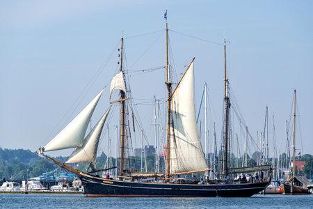 three-masted topsail schooner ALBATROS in the Eckernförde Bay