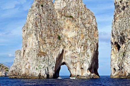 Les roches Faraglioni, l'île de Capri