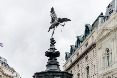angels fountain: Eros Statue at Piccadilly Circus, London, UK Stock Photo