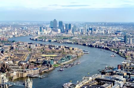 Vue panoramique de Londres, sur la Tamise à Canary Wharf et de l'Est de Londres