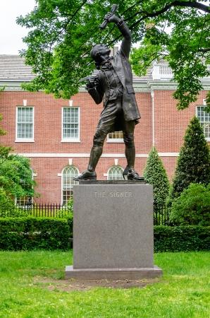 signer: The Signer Statue, Philadelphia, USA