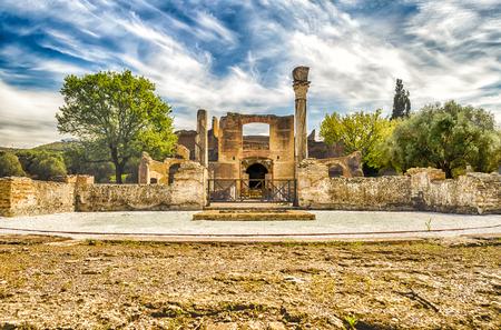 adriana: Roman Ruins at Villa Adriana (Hadrians Villa), Tivoli, Italy