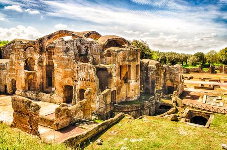 adriana: Roman Ruins of the Great Baths at Villa Adriana (Hadrians Villa), Tivoli, Italy