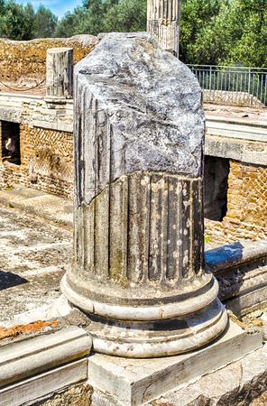adriana: Roman Ruins of Corinthian Columns at Villa Adriana (Hadrians Villa), Tivoli, Italy Stock Photo
