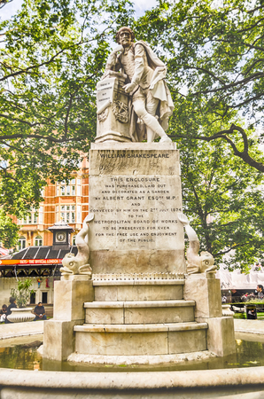 Statue of William Shakespeare in Leicester Square, London, UK Stock Photo