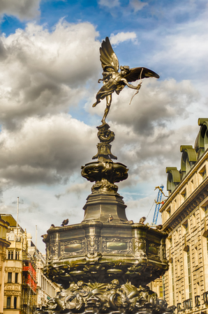 piccadilly: Eros Statue at Piccadilly Circus, London, UK Stock Photo