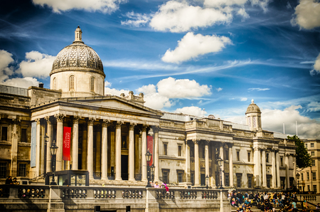 typically english: The National Gallery of London, UK