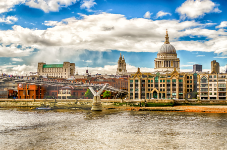 st  paul   s cathedral: The Millennium Bridge against St Paul Cathedral, London, UK