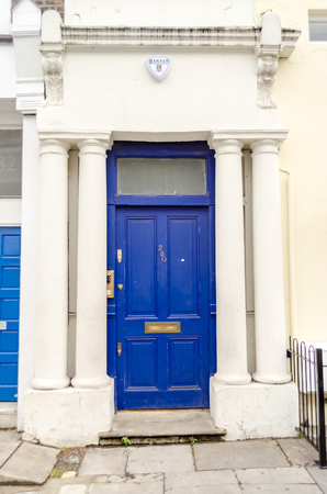 """hugh: LONDON - MAY 31: The front door of Hugh Grants home in the film """"Notting Hill"""", London, May 31, 2015. The building is located at 280 Westbourne Park Road, London W11 Editorial"""