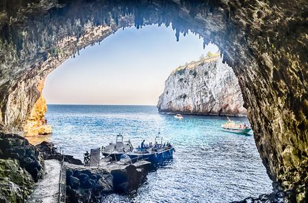 sea cliff: The scenic Zinzulusa cave and seascape in Salento near Otranto, Apulia, Italy Stock Photo