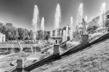 PETERHOF, RUSSIA - AUGUST 28: Scenic view of the Grand Cascade,  Peterhof Palace, Russia, on August 28, 2016. Éditoriale