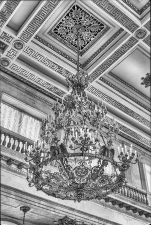 ST. PETERSBOURG, RUSSIE - 27 août: St. George Hall (Grand Trône), intérieur de l'Ermitage (Palais d'Hiver) à Saint-Pétersbourg, en Russie, le 27 Août 2016. Hermitage est l'un des plus grands et des plus anciens musées d'art et de la culture dans le monde Éditoriale